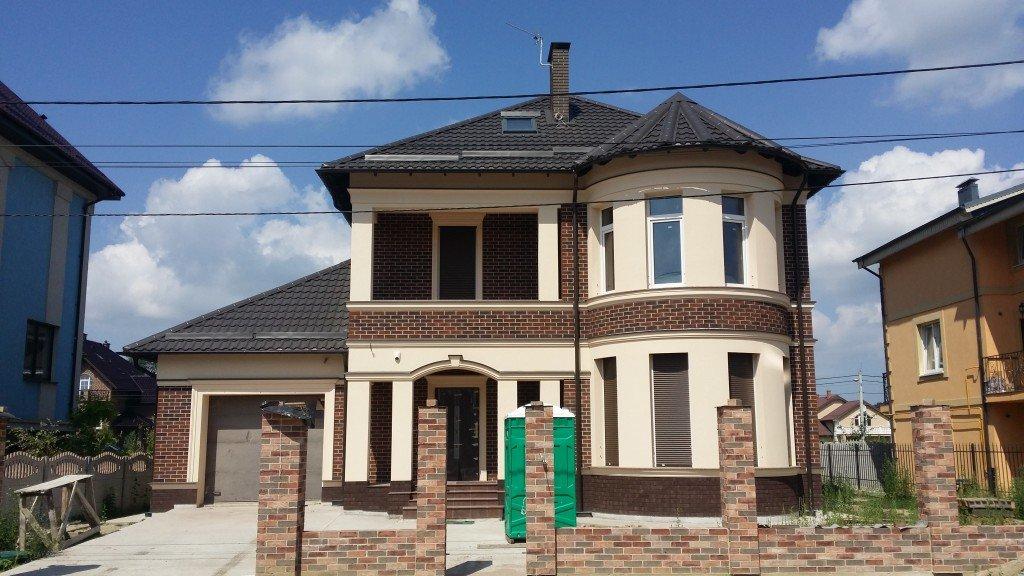 Фасад дома в Калининграде (фото)